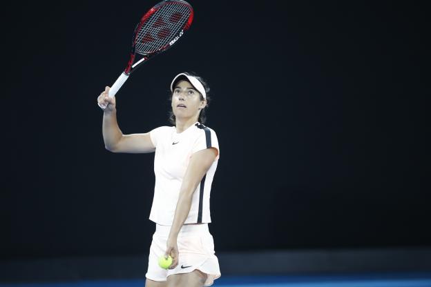 comment servir au tennis bras